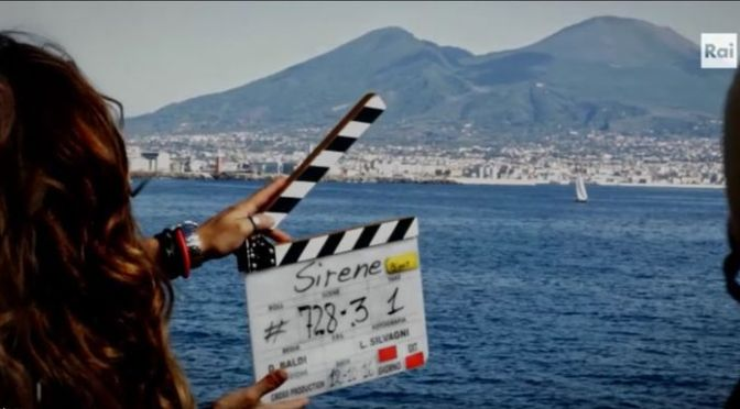 È il momento di Napoli, al cinema e in TV
